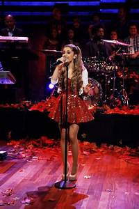143 best Ariana Grande images on Pinterest   Ariana grande pictures Celebs and Singers