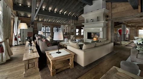 ambiance chalet de montagne meubles rustiques pour une ambiance proche de la nature design feria