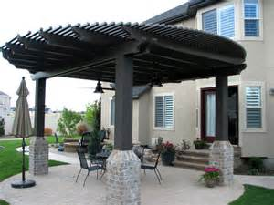 Outdoor Kitchen Stucco