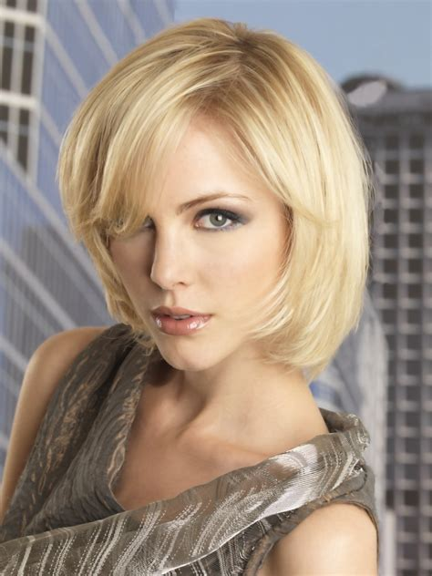 medium length hairstyle  easy maintenance
