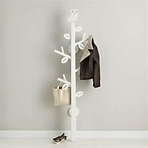 Garderobenständer Weiß Holz : tolle beispiele f r einen modernen garderobenst nder ~ Markanthonyermac.com Haus und Dekorationen