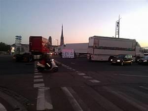 Blocage Routier Rouen : blocage rouen 13 octobre 2015 par les forains pont mathilde rouen 76 ~ Medecine-chirurgie-esthetiques.com Avis de Voitures