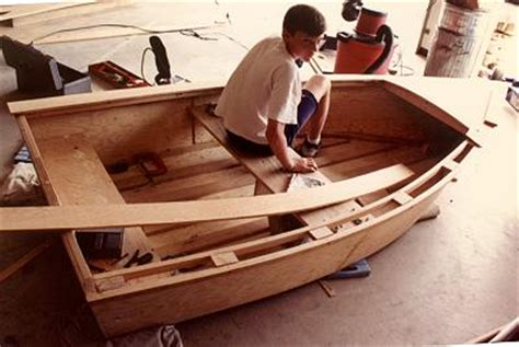 Flat Bottom Boat 7 Letters by Imp A 9 9 Quot Flat Bottom Rowboat Construction Pictorial 3
