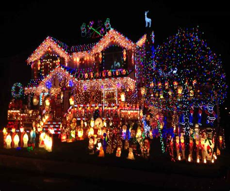 how to put christmas lights on house how to put christmas lights outside uk decoratingspecial com