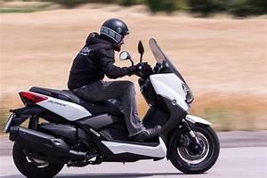 X Max 400 Prix : yamaha x max 400 motorrad fotos motorrad bilder ~ Medecine-chirurgie-esthetiques.com Avis de Voitures