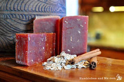 soap  lye humblebee