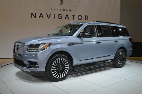 2018 Lincoln Navigator Black Label Is A Huge, Threerow