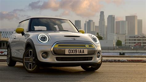 The Cheapest Electric Car on Sale Now: 2020 Mini Cooper SE