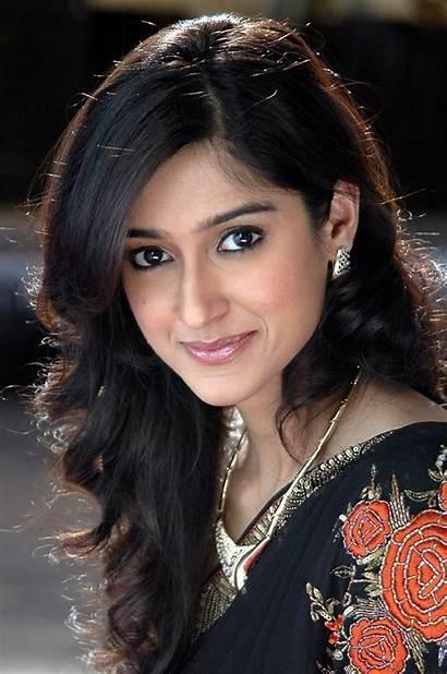 Indian South Actress Ileana Celebrities Lips Wallpapers