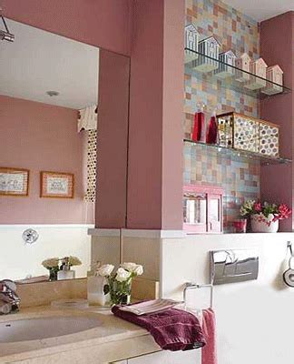 Decorating Ideas For A Small Bathroom In An Apartment by Home Staging Tips Space Saving Small Bathrooms Design