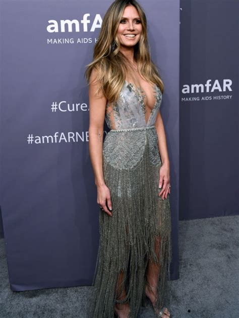 Heidi Klum Stuns Very Low Cut Dress Amfar Gala