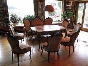 Antike Stühle Gebraucht : antike sitzgruppe sehr g nstig abzugeben sofa 6 st hle und tisch ~ Indierocktalk.com Haus und Dekorationen