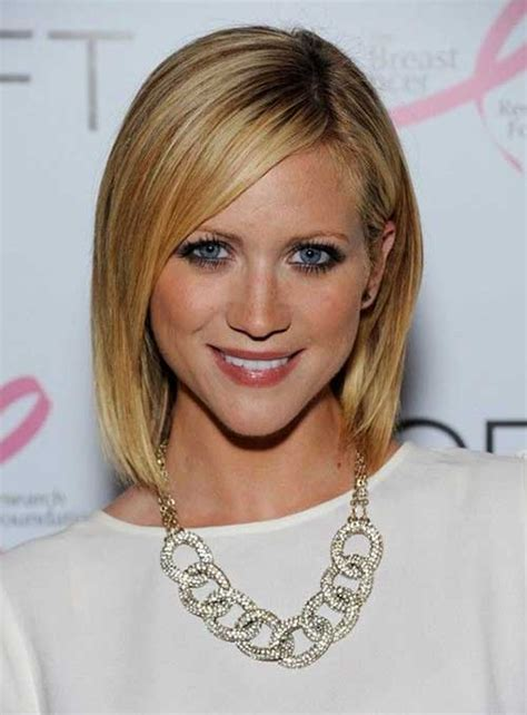 cute medium short haircuts