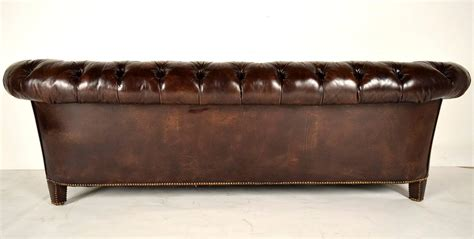 antique tufted leather sofa vintage chesterfield leather tufted sofa at 1stdibs
