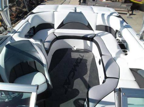Ski Boat Colour Schemes by Grey And Black And White Ski Boat Interiors Google