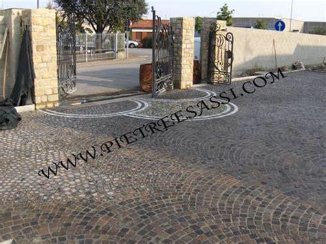 Ingresso Carrabile Decorazione Pavimentazione In Pietra Carrabile Pietreesassi