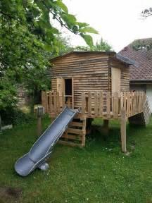 cabane enfants en bois de palettes bois de palettes