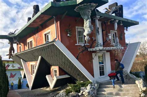 Haus Am Kopf Terfens  Ausflug Ins Verkehrte Haus In Tirol