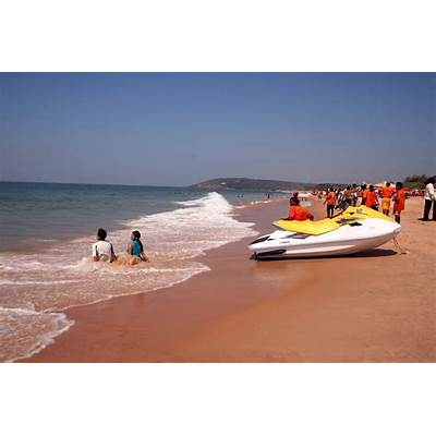 Best beaches To Visit In North Goa – FreakyTraveller.in