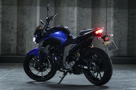 Yamaha Fazer 250 fica mais moderna e agressiva