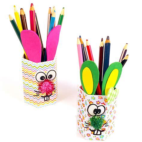 pot de crayon a fabriquer pots 224 crayons bricolage et activit 233 s t 234 te 224 modeler