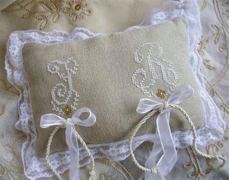 cuscini portafedi punto croce lacomtesse lepointdecroix cuscino porta fedi nozze d oro