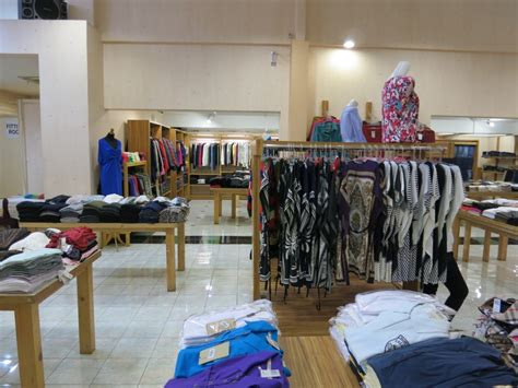 Ferry Outlet Bandung by Bandung Guided Shopping Tour 3 5 Pax