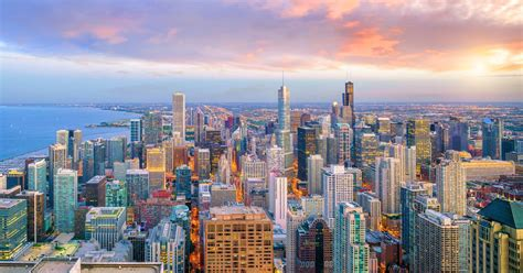 chicago illinois rise boom drone record year laws curbed flying rules development makes uav coach construction shutterstock saisons blues toutes
