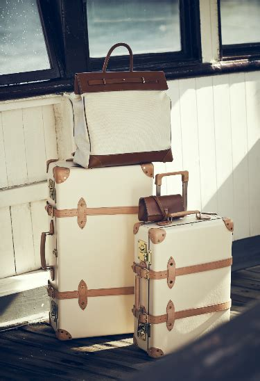 The Globetrotter Vintage Trunk Style Luxury Luggage
