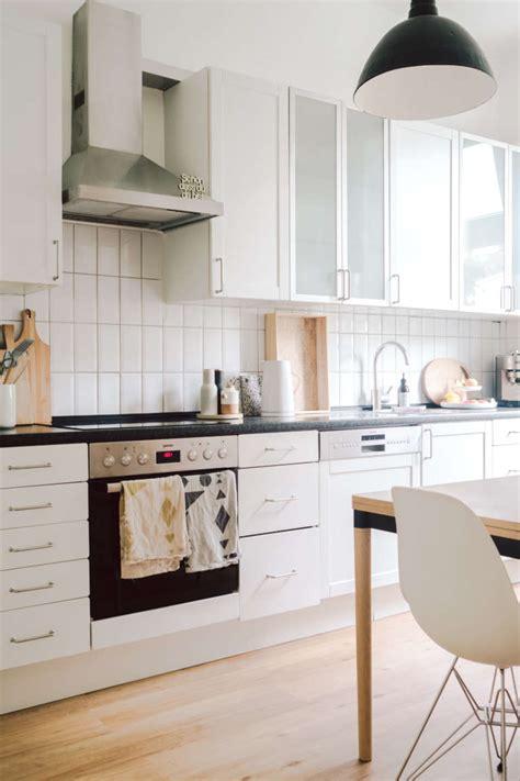 Küche Renovieren Aus Alt Mach Neu by K 252 Chenrenovierung Aus Alt Mach Neu Paulsvera