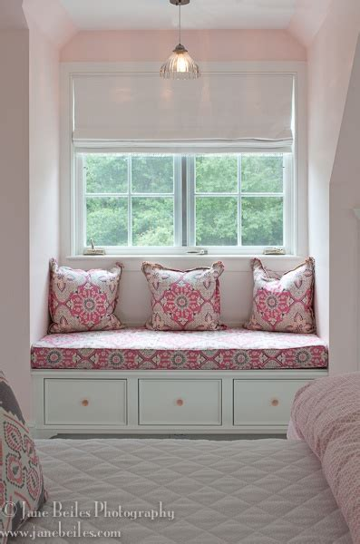 ive  wanted  window seat   bedroom  pink