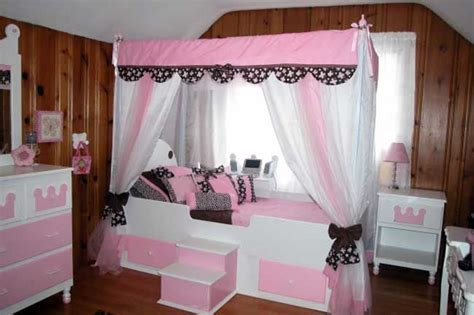 white beds  girls girl canopy beds trundle bed