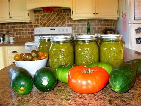 cuisiner des tomates vertes recette de relish aux tomates vertes
