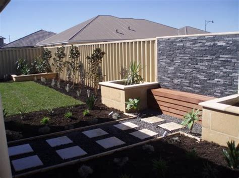 Australian Backyard - garden design ideas get inspired by photos of gardens