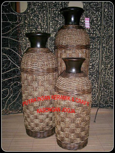 putra insan keramik kasongan ceramic pottery terracotta