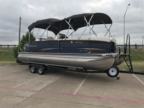 Used Pontoon Boat For Sale Dallas by Used Power Boats Pontoon Boats For Sale In United