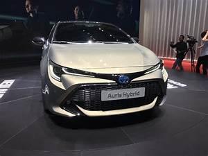 Fiabilité Toyota Auris Hybride : toyota d voile l 39 auris 3 en live du salon de gen ve 2018 ~ Gottalentnigeria.com Avis de Voitures