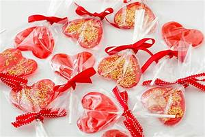 Candy Making 101: Homemade Valentine's Day Lollipops ...