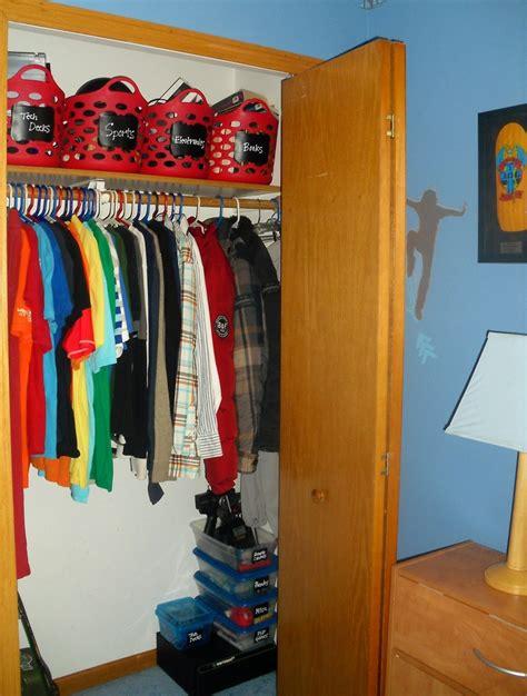 boy closet re do organizing s closet use baskets from