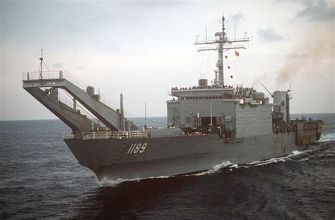 tank landing ship lst