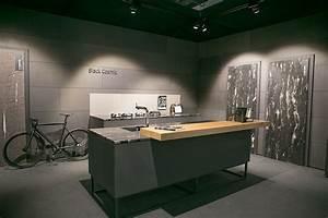 Arbeitsplatte Küche Schwarz : k chenideen das ist im trend planungswelten ~ Markanthonyermac.com Haus und Dekorationen