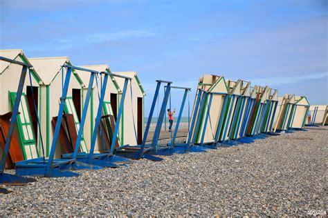 chambres d hotes cayeux sur mer l 39 été fini les cabines s 39 en vont cayeux sur mer