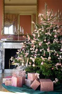 Pink Christmas Tree Theme Christmas Tree Themes & Color