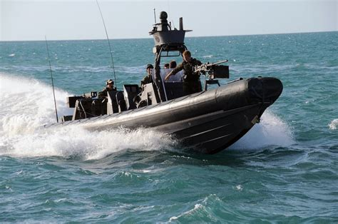 Painted Boats Movie by Navy Seal Movie Act Of Valor Images And Details Geektyrant