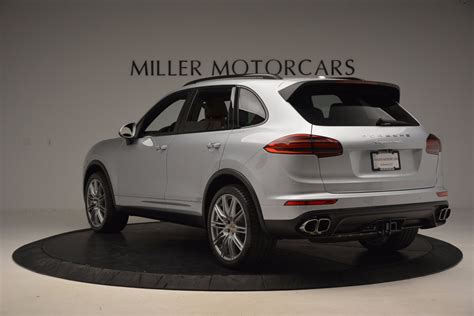 It also comes with standard led headlights equipped with porsche's dynamic. Pre-Owned 2016 Porsche Cayenne Turbo For Sale () | Miller ...