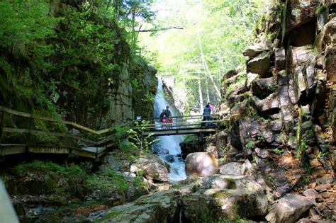 Flume Gorge in Franconia Notch State Park, New Hampshire ...