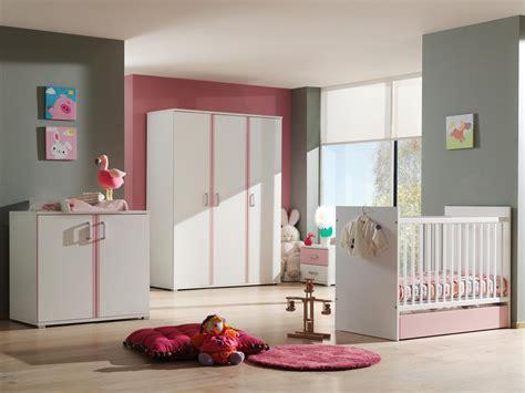 chambre de fille moderne les clés pour une chambre de bébé moderne mon lit coffre
