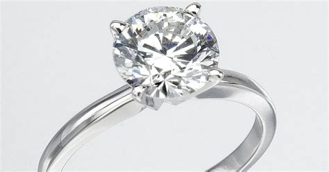can t buy me love 5 engagement ring buying tips