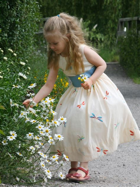 Designer clothes for little girls | Childrenu0026#39;s online