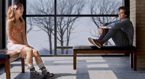 A un metro da te trailer. A un metro da te - La Love Story ospedaliera resuscita il genere Young Adult (Recensione)- Film.it